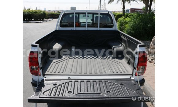 Buy Imported Toyota Hilux White Car in Addis–Ababa in Ethiopia