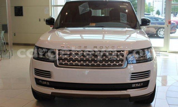Buy Used Land Rover Range Rover White Car in Addis–Ababa in Ethiopia