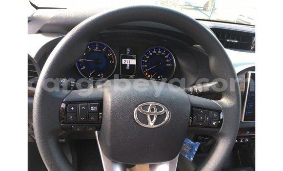 Buy Import Toyota Hilux White Car in Import - Dubai in Ethiopia