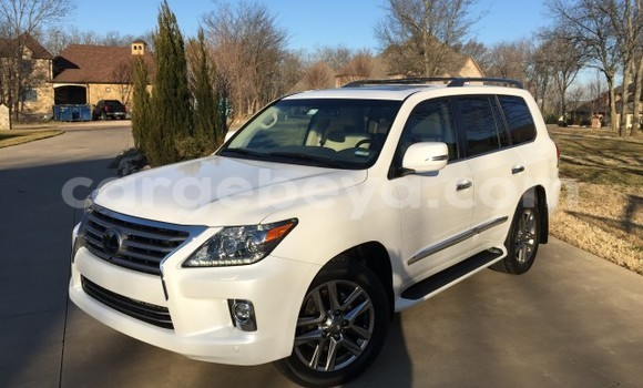 Buy Used Lexus LX 450 White Car in Addis–Ababa in Ethiopia