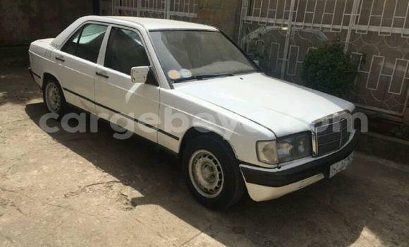 Buy Used Mercedes-Benz E-klasse White Car in Addis–Ababa in Ethiopia