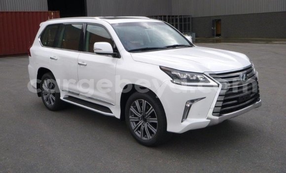 Buy Used Lexus LX 570 White Car in Addis 'Alem in Amhara