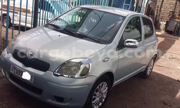 Buy Used Toyota Vitz Silver Car in Addis–Ababa in Ethiopia