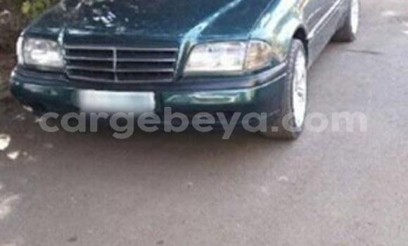 Buy Used Mercedes-Benz C-klasse Green Car in Addis–Ababa in Ethiopia