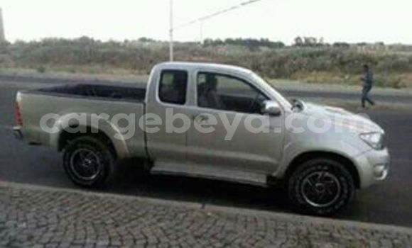 Buy Used Toyota Pickup Silver Car in Addis–Ababa in Ethiopia