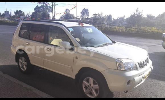 Buy Used Nissan X–Trail White Car in Addis–Ababa in Ethiopia