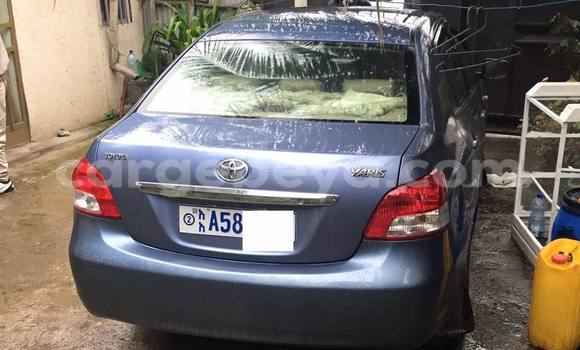 Buy Used Toyota Yaris Blue Car in Addis–Ababa in Ethiopia