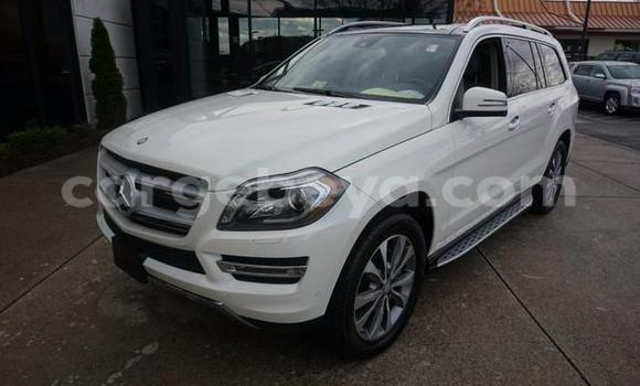 Buy Used Mercedes‒Benz GL-Class White Car in Addis–Ababa in Ethiopia