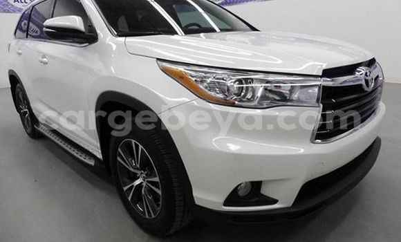 Buy Used Toyota Highlander White Car in Bahir–Dar in Ethiopia