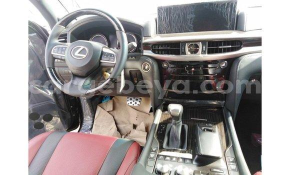 Imported Lexus LX Black Makiinaa iti Import - Dubai keessatti Ethiopia keessatti