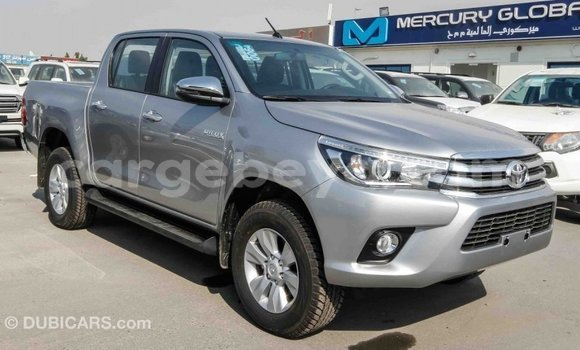 Imported Toyota Hilux Other Makiinaa iti Import - Dubai keessatti Ethiopia keessatti