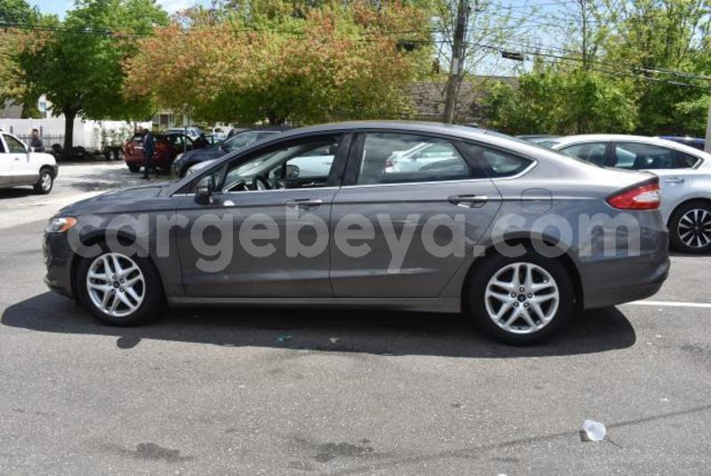 Big with watermark 2014 ford fusion2
