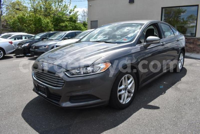 Big with watermark 2014 ford fusion1