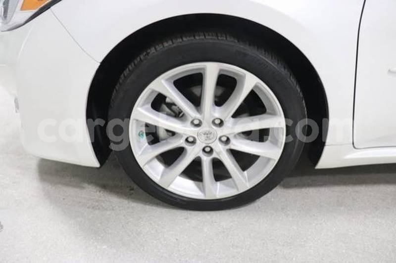 Big with watermark 2015 toyota avalon7