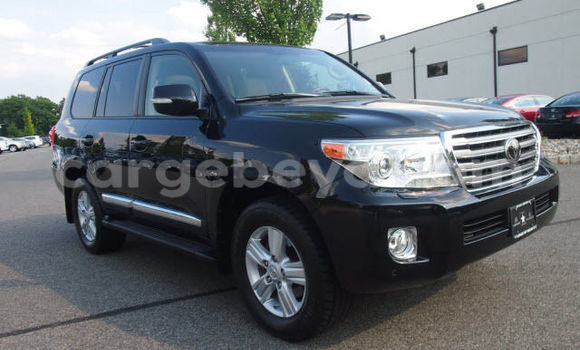 Buy Used Toyota Land Cruiser Black Car in Addis–Ababa in Ethiopia