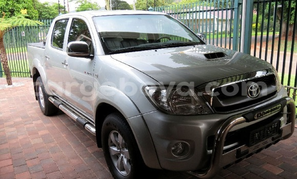 Buy Used Toyota Hilux Silver Car in Addis Ababa in Ethiopia