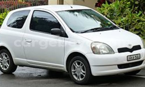 Buy Used Toyota Vitz Black Car in Addis Ababa in Ethiopia