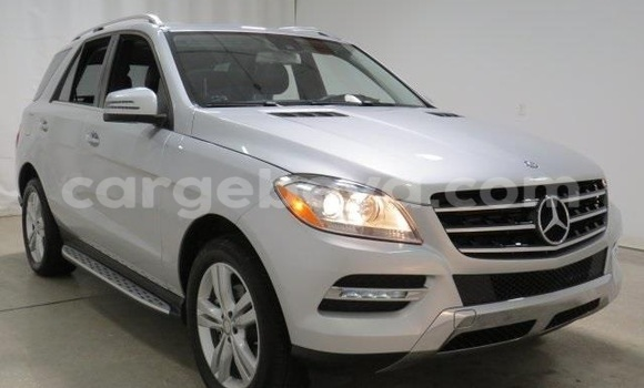 Buy Used Mercedes‒Benz ML–Class Silver Car in Addis–Ababa in Ethiopia