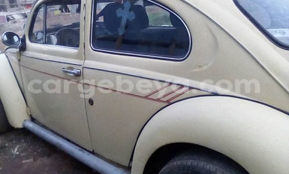 Buy Used Volkswagen Beetle White Car in Addis–Ababa in Ethiopia