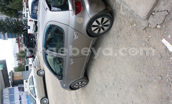 Buy Used Toyota Vitz Green Car in Addis Ababa in Ethiopia