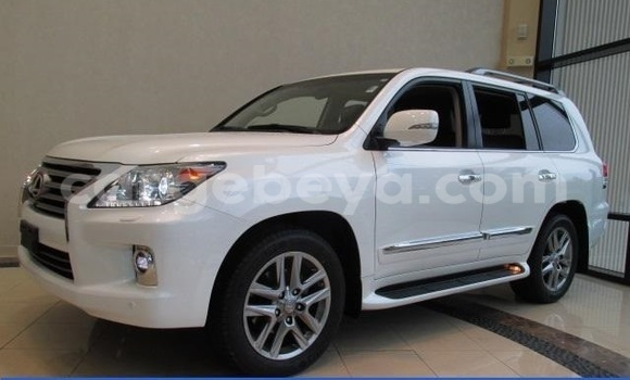 Buy Used Lexus LX 570 White Car in Debre–Birhan in Ethiopia