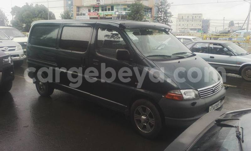Buy Used Toyota Dolphin Green Car in Addis–Ababa in Ethiopia