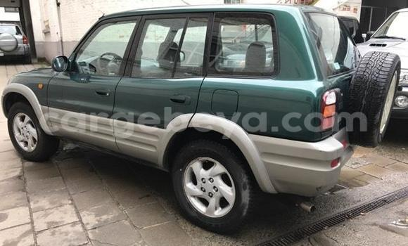Buy Used Toyota RAV4 Green Car in Addis–Ababa in Ethiopia