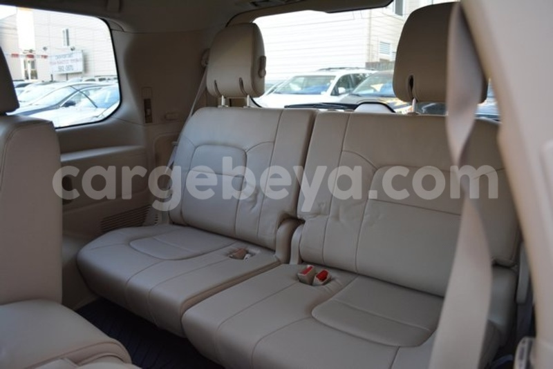 Big with watermark 2014 toyota land cruiser 14