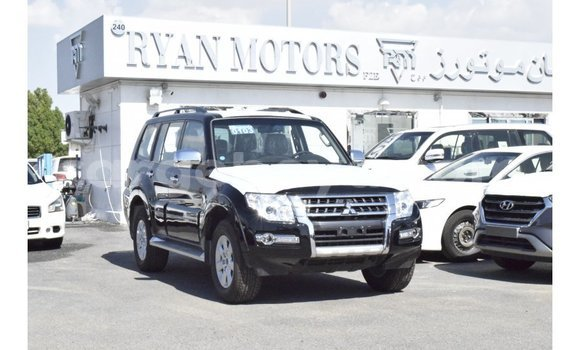 Medium with watermark mitsubishi pajero ethiopia import dubai 6357