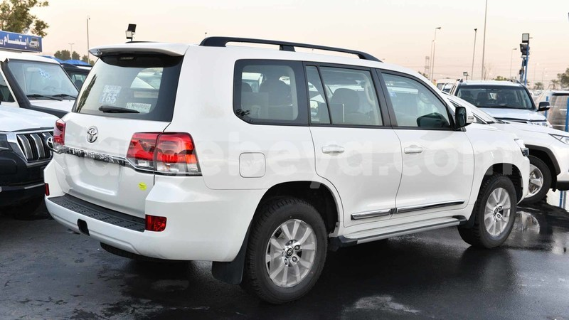 Big with watermark toyota land cruiser ethiopia import dubai 6365