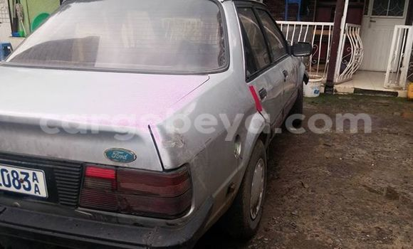 Buy Used Ford Club Wagon Silver Car in Addis–Ababa in Ethiopia
