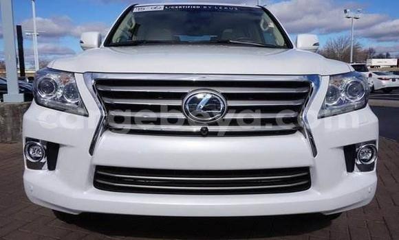 Buy Used Lexus LX 570 White Car in Addis Ababa in Ethiopia