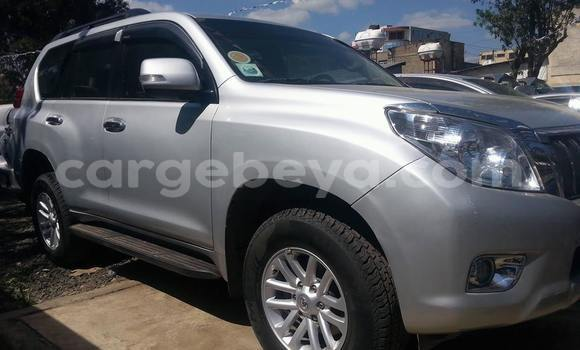 Buy Used Toyota Land Cruiser Silver Car in Addis Ababa in Ethiopia
