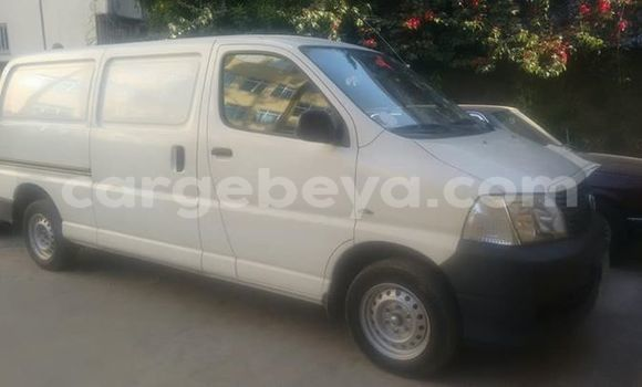 Buy Used Toyota Dolphin White Car in Mekele in Ethiopia