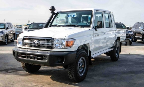 Buy New Toyota Land Cruiser White Car in Mekele in Ethiopia