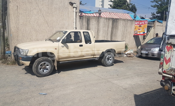 Buy Used Toyota Hilux Brown Car in Addis–Ababa in Ethiopia