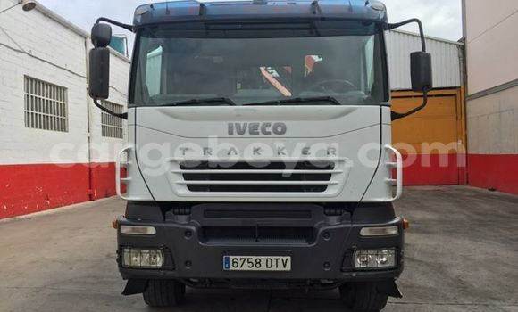 Buy Used Iveco Trakker White Truck in Addis–Ababa in Ethiopia