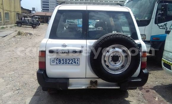 Buy Used Nissan Patrol White Car in Addis–Ababa in Ethiopia
