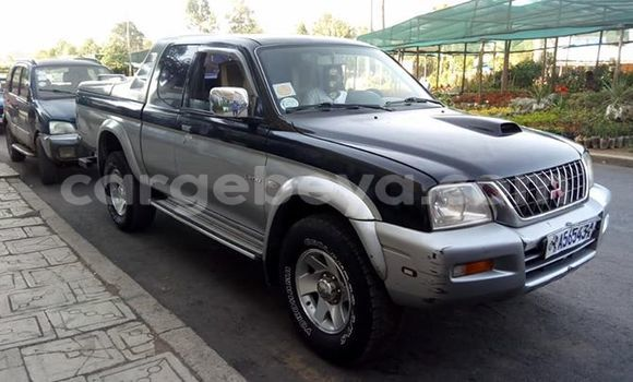 Buy Used Mitsubishi L200 Silver Car in Addis–Ababa in Ethiopia