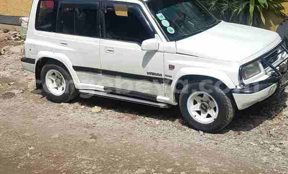 Buy Used Suzuki Vitara White Car in Addis–Ababa in Ethiopia