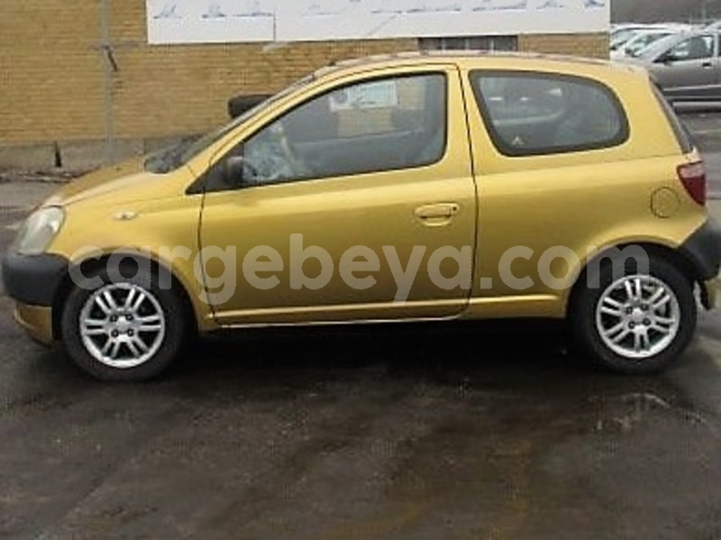 Big with watermark inkedtoyota yaris 2001 li