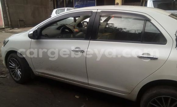 Buy Used Toyota Yaris White Car in Addis–Ababa in Ethiopia