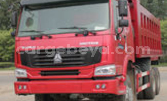 Buy Used Mercedes‒Benz 1729 Red Truck in Addis–Ababa in Ethiopia