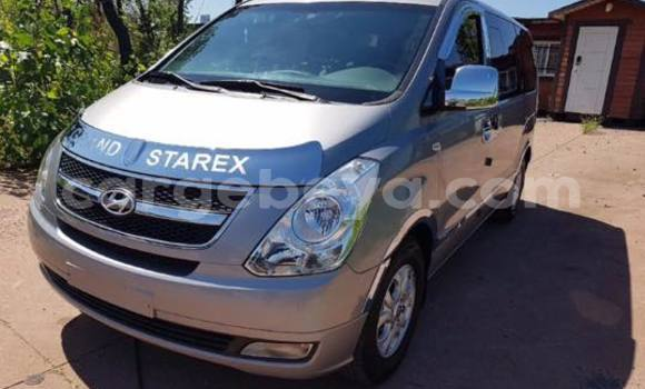Buy Used Hyundai Grand Starex Silver Car in Addis–Ababa in Ethiopia