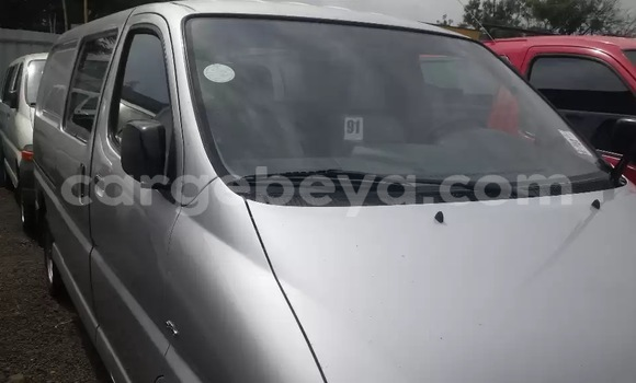 Medium with watermark toyota hiace d4d silver 2006