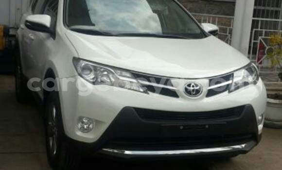 Buy Used Toyota RAV4 White Car in Addis–Ababa in Ethiopia