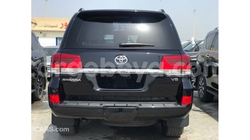 Big with watermark toyota land cruiser ethiopia import dubai 8324
