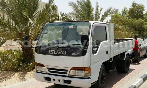 Buy Used Volvo F4 White Truck in Addis Ababa in Ethiopia