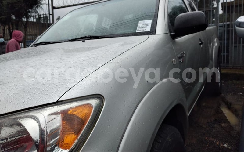 Big with watermark toyota hilux ethiopia addis ababa 8470