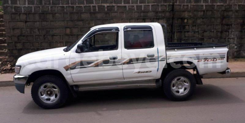 Big with watermark toyota pickup ethiopia addis ababa 8609